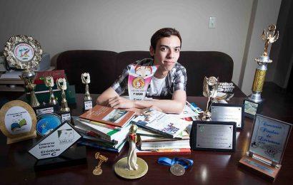 Ex-aluno é autor de nove livros aos 24 anos